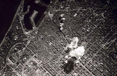 800px-barcelona_bombing